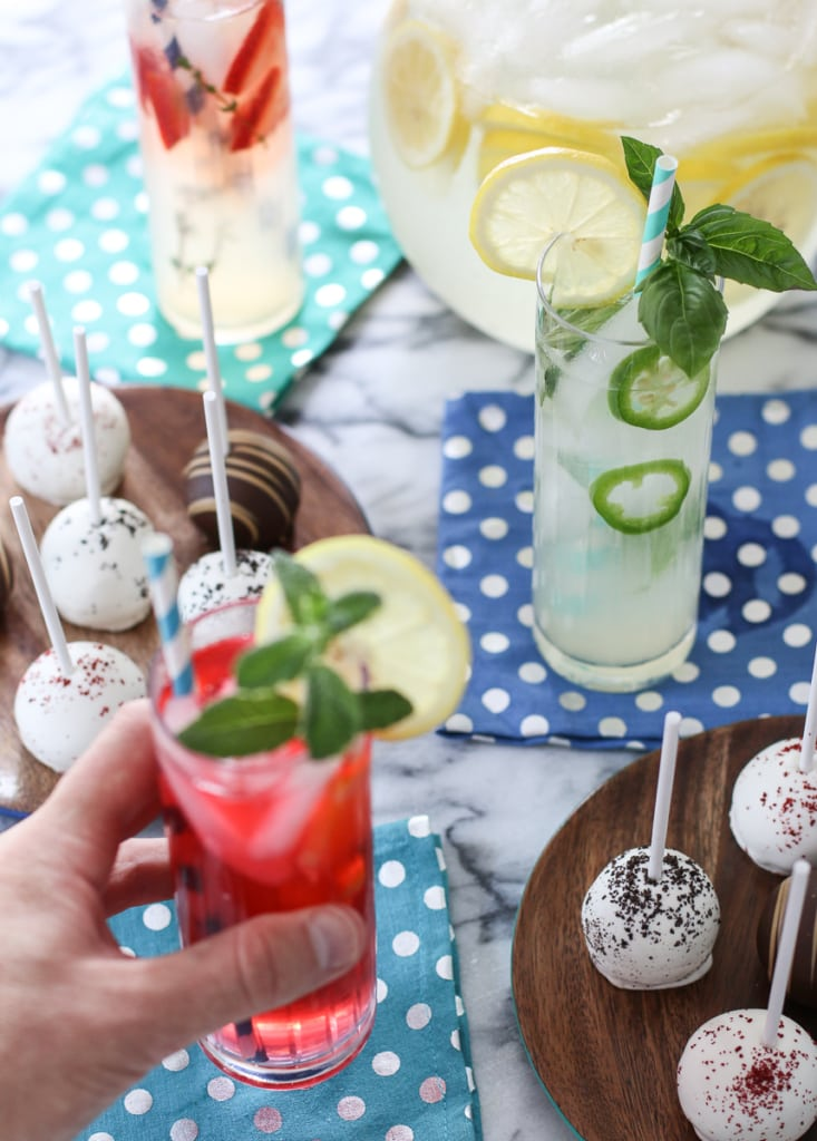 Lemonades with cake pops